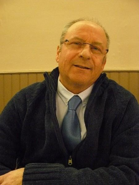 Jean-Claude Garnier Membre du Bureau de la communauté de communes. Maire d'Escoville