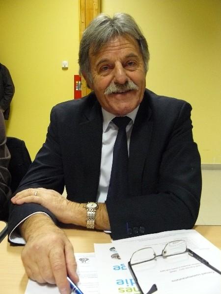 Jean-Louis Boulanger 14ème vice-président de la communauté de communes en charge du scolaire. Adjoint au maire de Douville-en-Auge